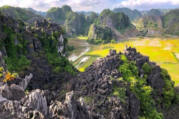 Mua Caves Ninh Binh - Shouldn't miss this beauty place