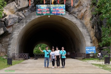 Travel guide for Tuyet Tinh Coc visitors