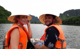 Bai Dinh - Trang An boat trip (Aloha 06)